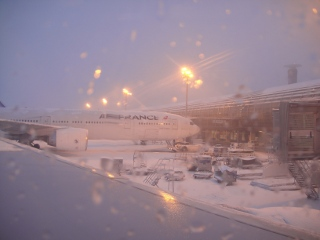 snow in Paris airport